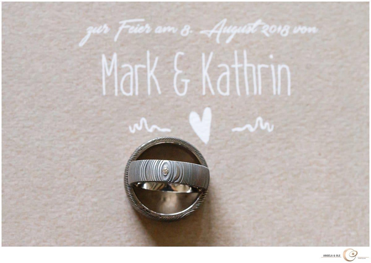 Eheringe Heiraten auf Schloss Waldeck - Hochzeitsfotograf Köln